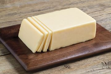 Picture of GREEN TREE MAPLE CHEDDAR CHEESE